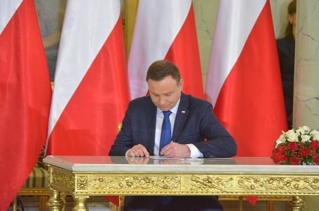 Krzyż Zasługi za Dzielność dla śp. asp. Michała Kędzierskiego.