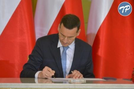 Śląskie. Umowy na przebudowę dróg wojewódzkich z udziałem Premiera Mateusza Morawieckiego.