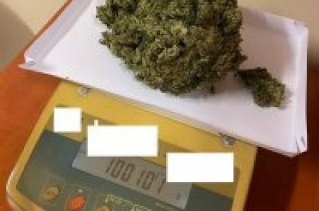 Racibórz.Kuźniańscy policjanci zatrzymali 15 -latka z narkotykami.