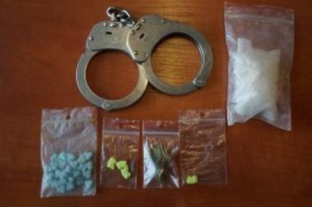Raciborscy kryminalni zatrzymali dwóch mężczyzn z narkotykami.